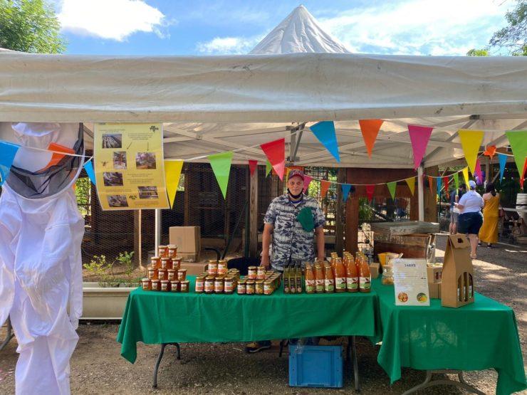ESAT du Val d'Europe : stand gourmand pour les 25 ans du Parc Hi-Han